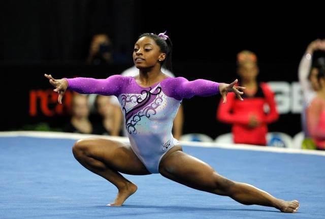 simone-biles-floor-exercise-rio-olympics